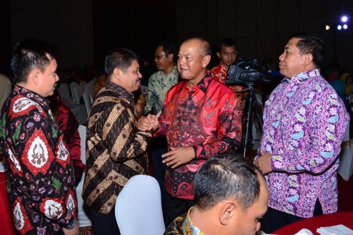 Bupati Bengkalis Amril Mukminin Hadiri Malam Kenal Pamit Kapolda Riau