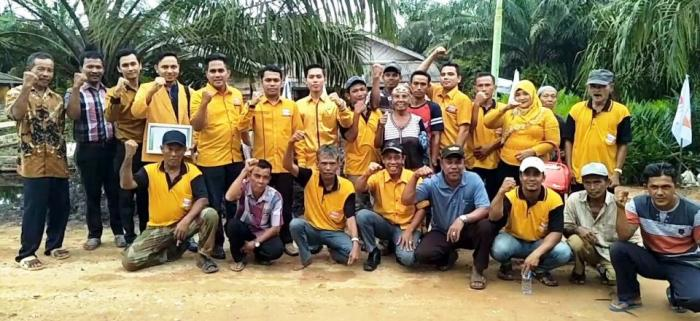 PAC Hanura Bangko Pusako Luhkum ke Rumah Warga