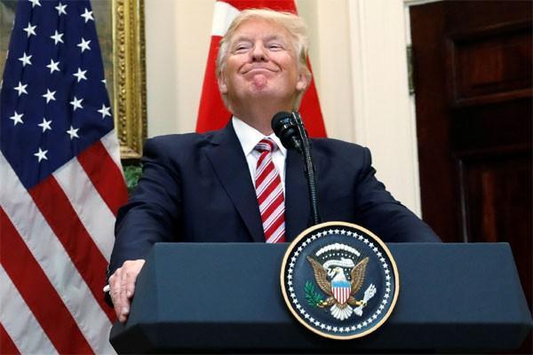 Donald Trump Seru Dunia Islam Usir Ekstrimis