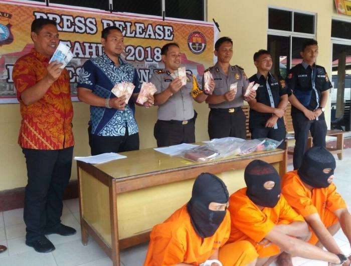 Kasat Reskrim Gelar Press Release Pelaku Curas yang Terjadi di Tanah Putih Tanjung Melawan