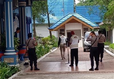 Penyidik KPK Geledah Kantor Sekdako dan Rumah Dinas Walikota Dumai