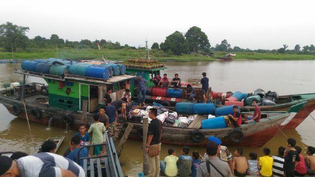 Polres Pelalawan Amankan Ribuan Botol Miras Ilegal