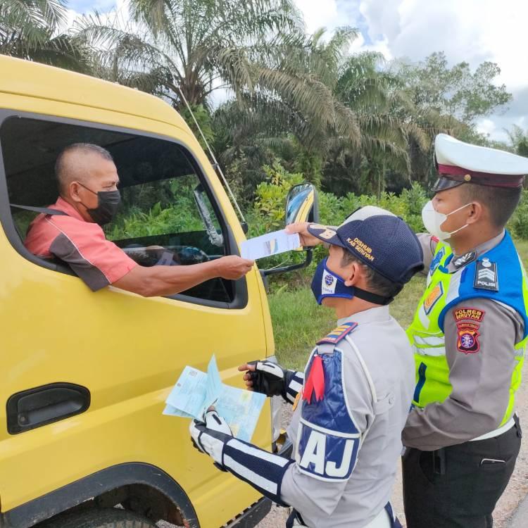 Sat Lantas Polres Seruyan Bersama Dishub Sosialisasi Penertiban Kendaraan ODOL