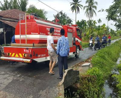 ALAMAK! Petugas Damkar Meranti Dibohongi Info Kebakaran Palsu