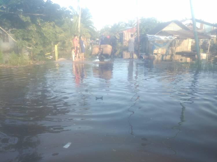 Banjir Besar Akibat Pasang Keling Melanda Kota Dumai