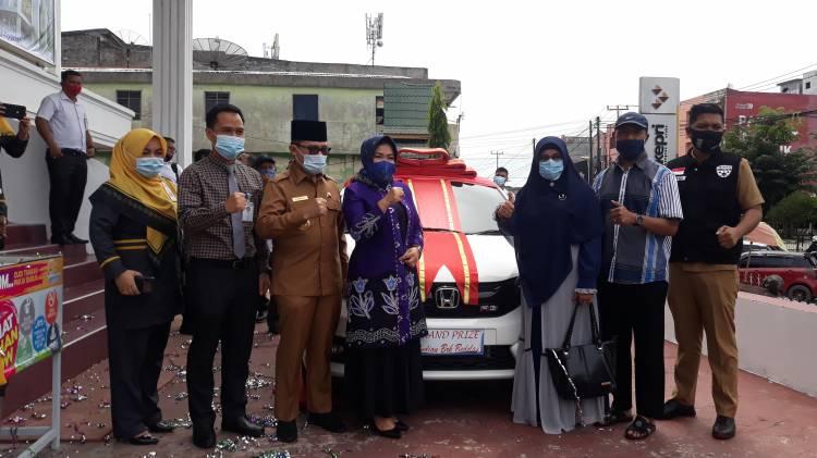 Hastati Bawa Pulang Mobil Brio, Grand Prize Bedelau Bank Riaukepri Cabang Dumai