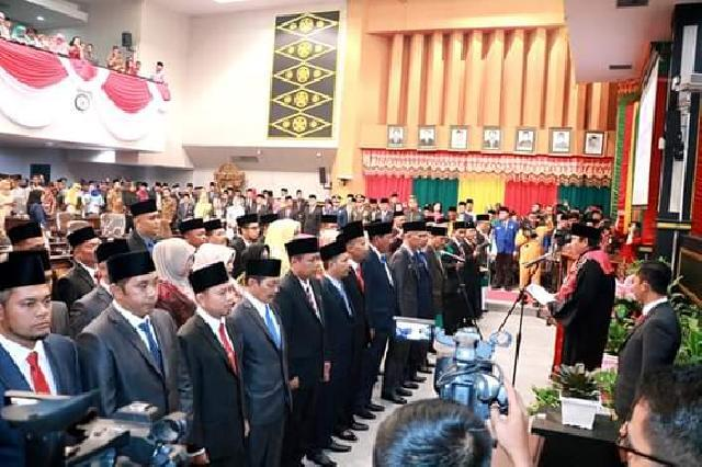 Pelantikan 45 Anggota DPRD Pekanbaru 2019-2024